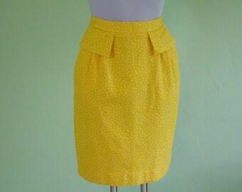Valentino skirt / Miss V / 80s / pencil skirt / size XS /vintage / yellow-white / polka dots