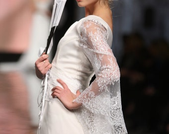 Oriental style wedding dress