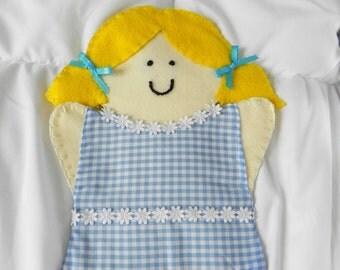 Felt puppet, hand puppet, blond hair, light skin, gift for kids