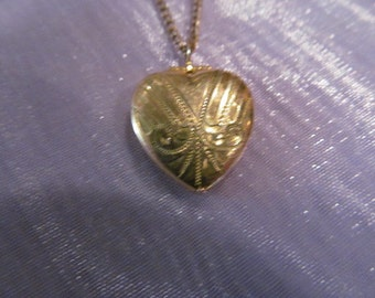 Vintage heart locket necklace, gold-toned heart locket, locket necklace, vintage locket