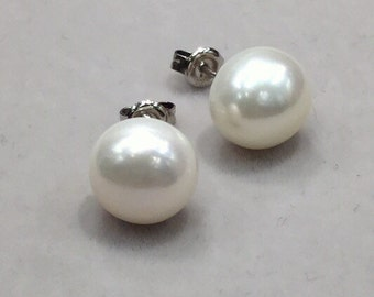 10mm Pearl studs earrings, Freshwater pearl earrings, large, 925 Sterling Silver Post