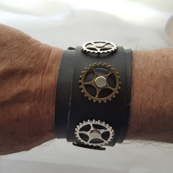 Steam Punk Wide Leather Cuff, Steampunk Men's Jewelry, Bicycle Gear Leather Charm Bracelet, Real Leather Steampunk Gift for Cyclist Bikers