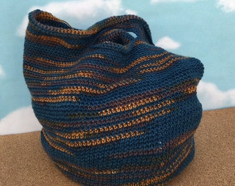 Crocheted small tote bag