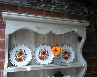 vintage tea plate,vintage poppy plate,J & G Meakin tea plate,Meakin poppy plate,vintage plate,vintage studio ware,vintage kitchen ware