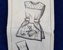 Vintage cobbler apron pattern with original transfers