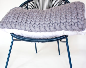 Chunky knit bolster pillow, single size bolster, cushion pad, 100% merino wool, pillow, cushion, chunky knitted pillow, throw pillow