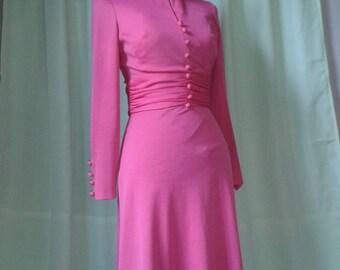 1970s Pink dress