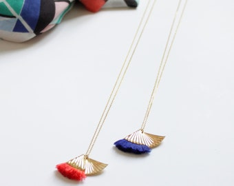 Necklace Icarus, Golden brass curved wing and pompon in colorful cotton