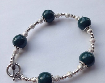 Dark Green & Silver Beaded Bracelet with toggle clasp