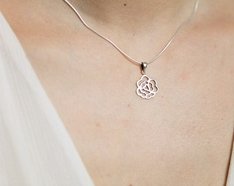 Silver flower pendant, Sterling Silver chain, Silver charm pendant,  Silver flower necklace, 925 silver, Bohemian necklace (P 27)
