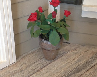 Miniature Potted Red Roses,garden,rustic,1:12 scale,dollhouse