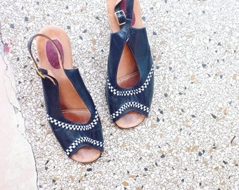 Vintage leather sandals heels pumps EU 40