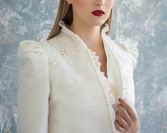 Jacket with pearls