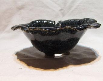 Flared bonsai pot