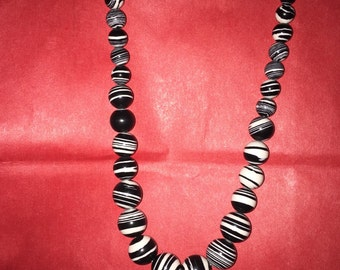 Absolutely beautiful handmade beaded necklace
