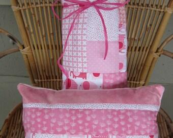 Elephants, Handmade, Pink Quilt, Baby Girl Quilt/Blanket, Cotton Quilt, Crib Quilt, Baby Girl Gift, nursery Bedding