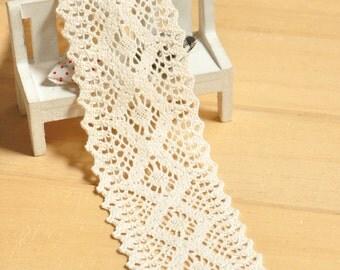 Beige Crocheted Trim 3 meters