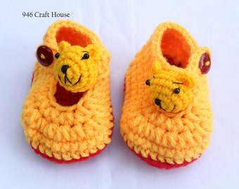 baby shoes / crochet shoes / Pooh crochet shoes / Pooh shoes / yellow shoes