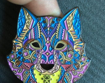 Wolf Lapel hat Pin