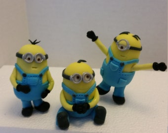 Edible minions inspired cake topper set