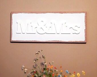 Mr & Mrs, Burlap Signs, Chalk Paint Signs, Canvas Art, 3D Art, Rustic Sign, Wedding Ideas, Engagement Gift, Mementos, Home Decor, Wall Ideas