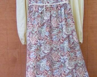 Vintage BoHo  goddess Maxi dress peasant prairie 1977 mint velvet
