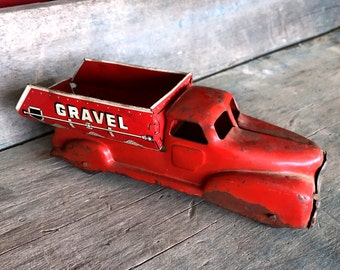 Marx Sand and Gravel Truck |  1940s Marx Red Toy Truck |  Vintage Metal Toy Truck
