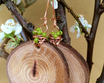 Red Wood Cluster Earrings - Lime Green