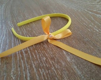 Yellow handmade ribbon headbands for sale. Fits kids 1 years old to adults.