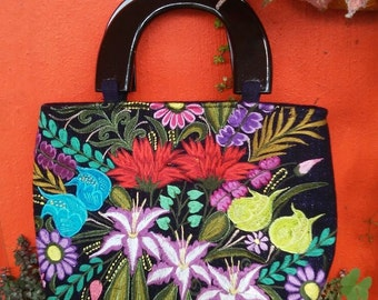 Black and Colorful Flowers Handbag, handmade purse, wood handle purse, backstrap loom, hand dyed cotton, mexican chiapas art design