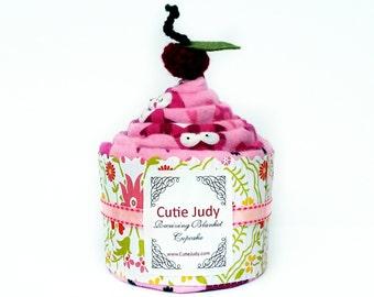 Receiving Blanket Cupcake (Pink Owls) – Baby shower, nursery, swaddling, blanket