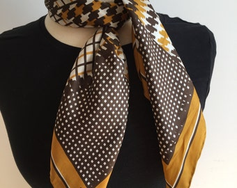 Echo Brown Scarf