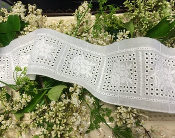 Swiss Voile Broderie Anglaise Insert Lace_ 7 cm Wide_Imported