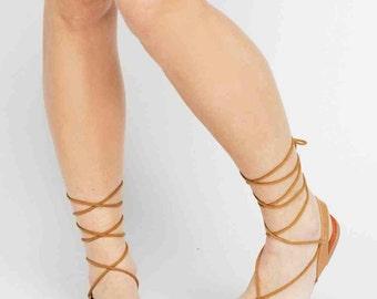 Women's tie up strappy summer camel sandals  size 6