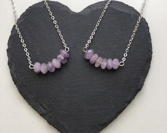 Amethsyt Curved Bar Necklace