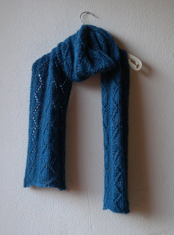 Knitting Pattern for lace scarf in bulky wool and alpaca yarn, unisex scarf f...