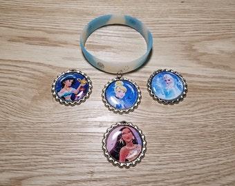 10 Blue Bracelets Party Favors. Pocahonta, Jasmine, Elsa, Merida,Cinderella