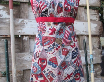 Patriotic apron, 4th of July, housewarming gift, BBQ, cute, kitchen apron, cleaning apron, red white and blue, reversible apron, craft apron