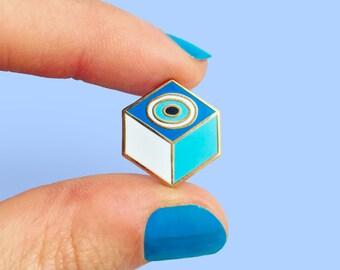 Kem Göz Evil Eye Pin