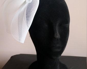 Statement headpiece in white