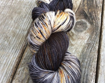 Marbelous - Goldrush -hand dyed yarn /Speckled yarn / 115grammes / Fingering Sock yarn /DK / Worsted / merino superwash/ black gold grey