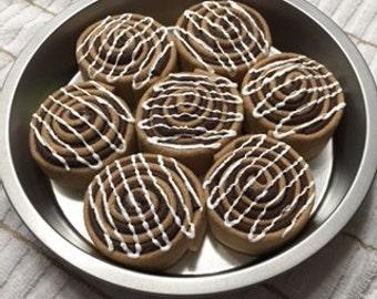 """Felt Cinnamon Roll Set  (7 customized rolls and steel 8"""" pan) Handmade FELT FOOD"""