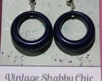 Handmade repro navy loop earrings
