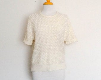 1980s White Short Sleeved Knit Top Vintage