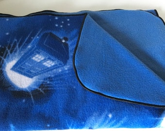 SALE - Doctor Who Pet Blanket/56inx36in/Doctor Who Fleece Pet Blanket/Doctor Who Pet Throw//Doctor Who Cat Blanket// Doctor Who Dog Blanket/