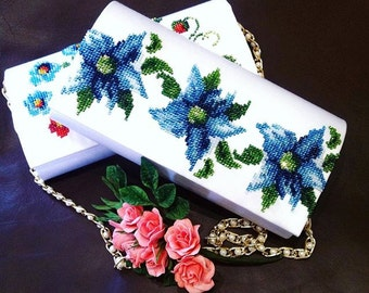 clutch beaded handmade