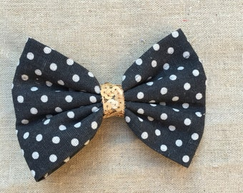 Lovely Hairclip with black and white bow and paillettes
