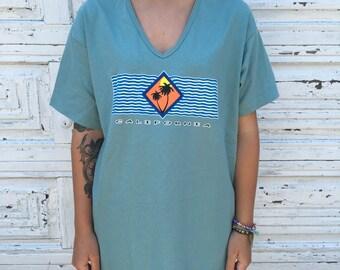 90's California V-Neck Shirt - Women's Large