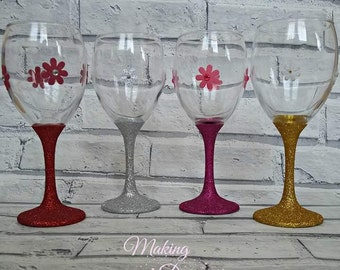 Mix and Match wine glass set/gift/birthday/bbq/decor