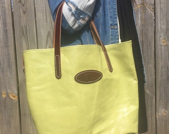 Larger leather tote bag / leather purse / handmade leather purse / leather hand bag / leather tote bag / green leather tote bag